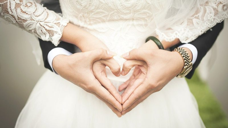 6 Reasons why marriage is a complete waste of time